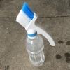 ペットボトル用サッシブラシの正しい使い方!サッシ溝の最も効率的な清掃法とは?