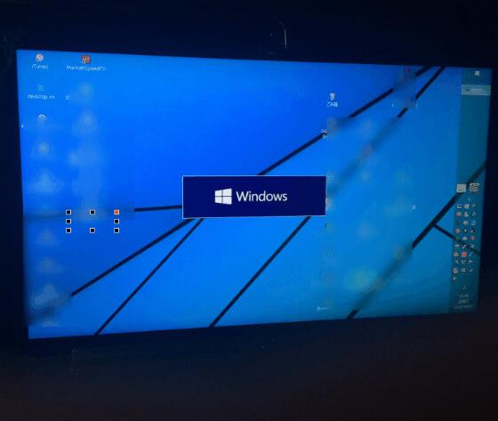 Winndows 10 へアップグレードしているノートPC