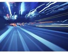 「エクスペリア・アーク」はダントツ超高速の「FOMA(R)ハイスピード」対応です。